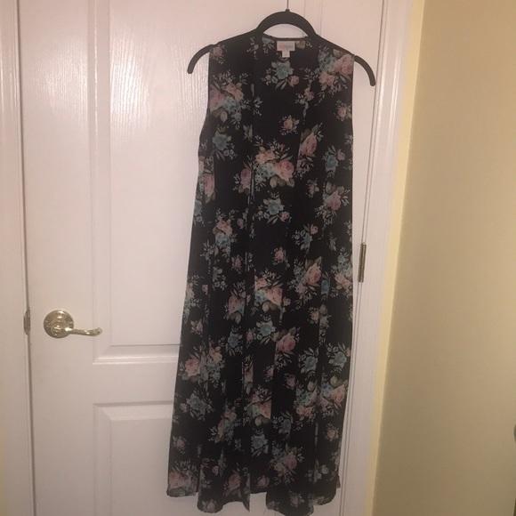 LuLaRoe size small floral Joy sleeveless cardigan